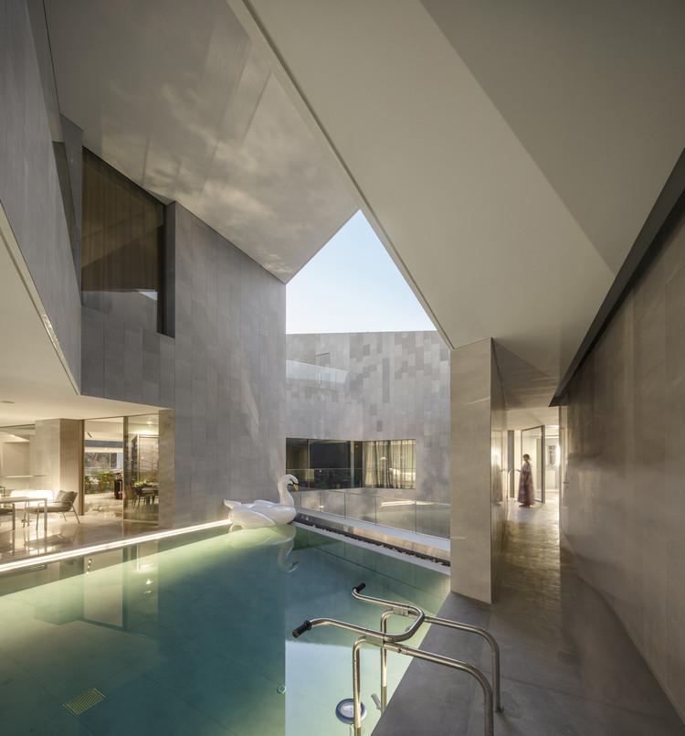 Nirvana Home / AGi Architects, © Fernando Guerra – FG+SG