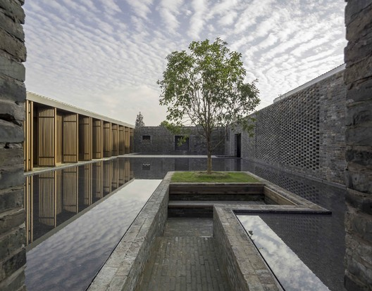 El Amurallado - Retiro Tsingpu Yangzhou / Neri&Hu Design and Research Office