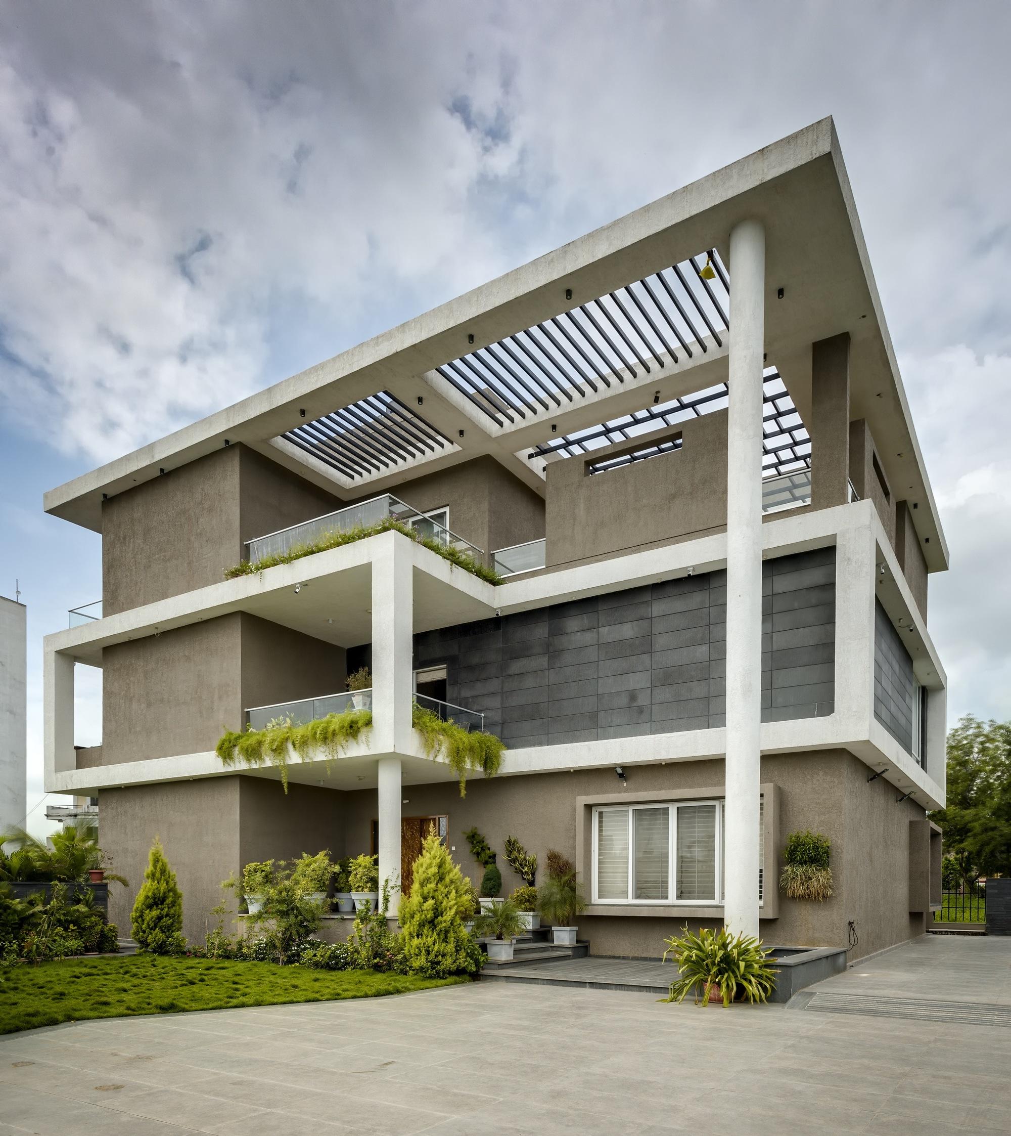 Virtual Home Design Studio: Hambarde Residence / 4th Axis Design Studio