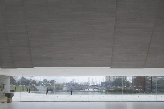 Park inside. Image © Zhi Xia