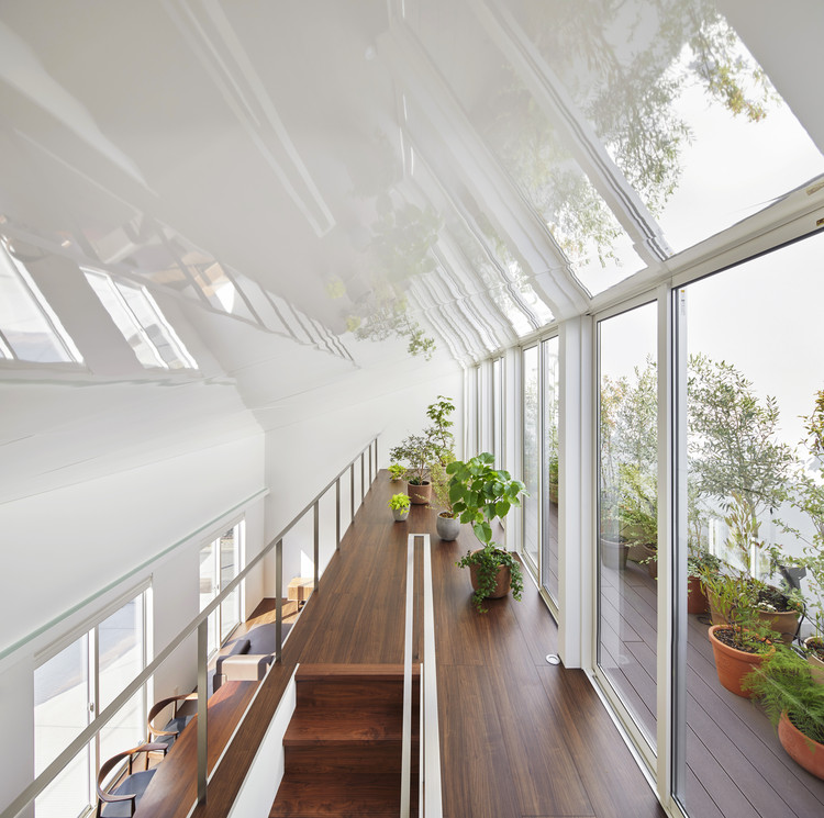 The House with Plants / KamakuraStudio, © Nacasa & Partners