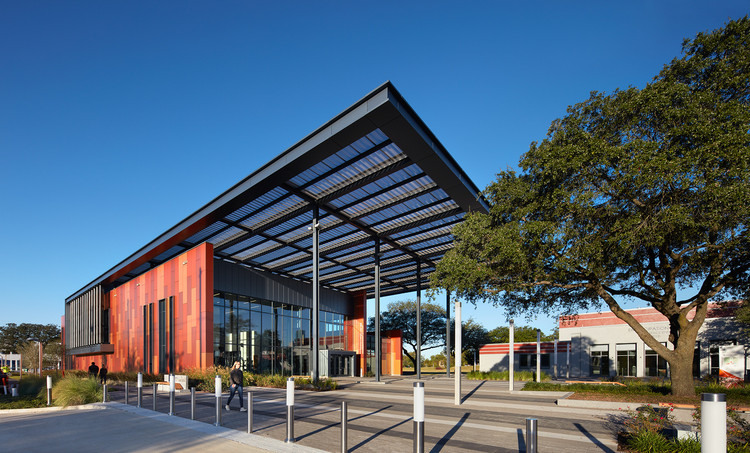 Emancipation Park Expansion And Renovation / Perkins+Will | ArchDaily