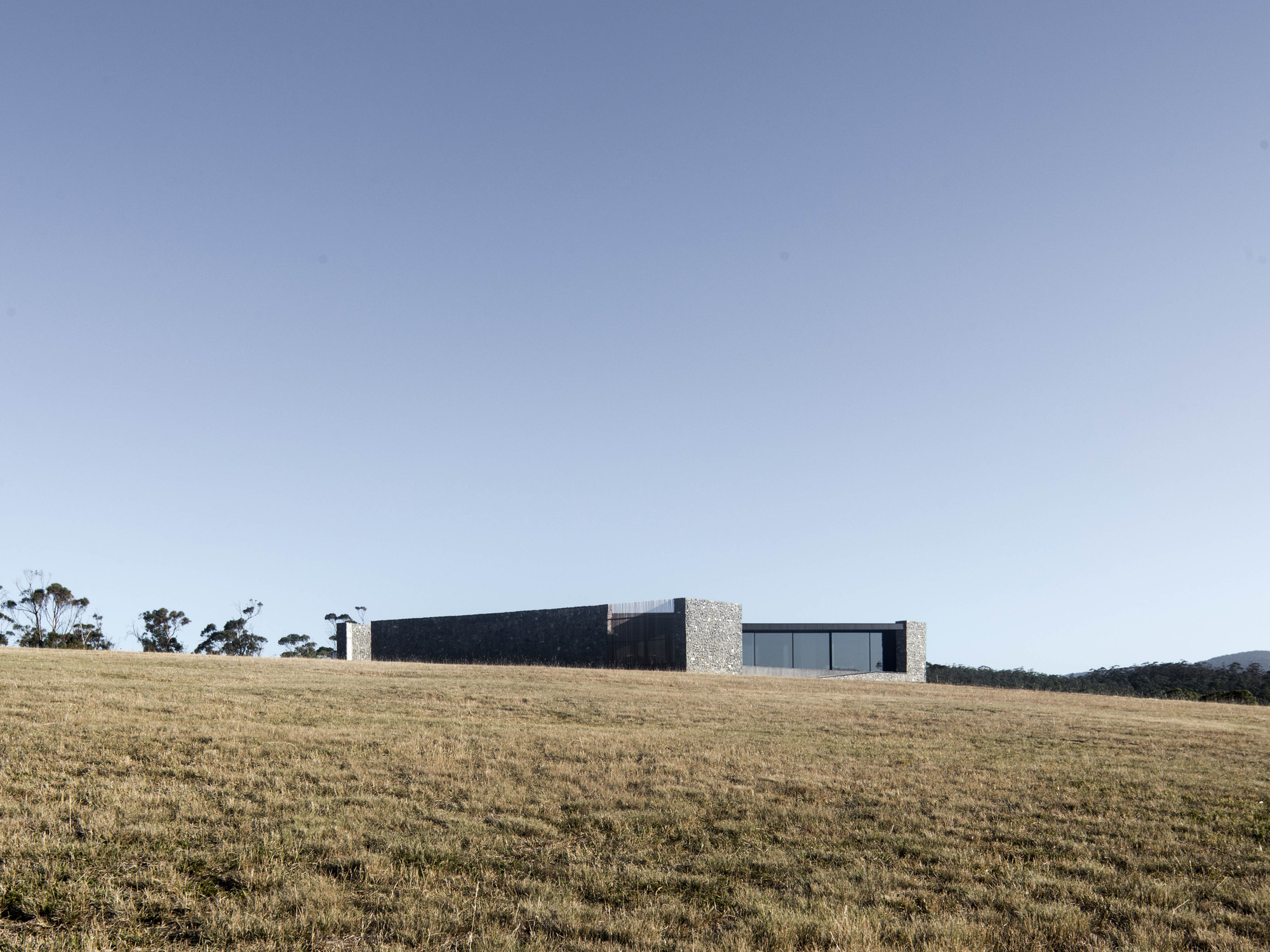 Gallery of D'Entrecasteaux House / Room11 Architects - 33