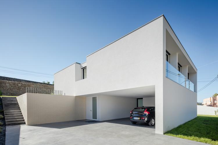 Casa Touguinha / Raulino Silva, © João Morgado