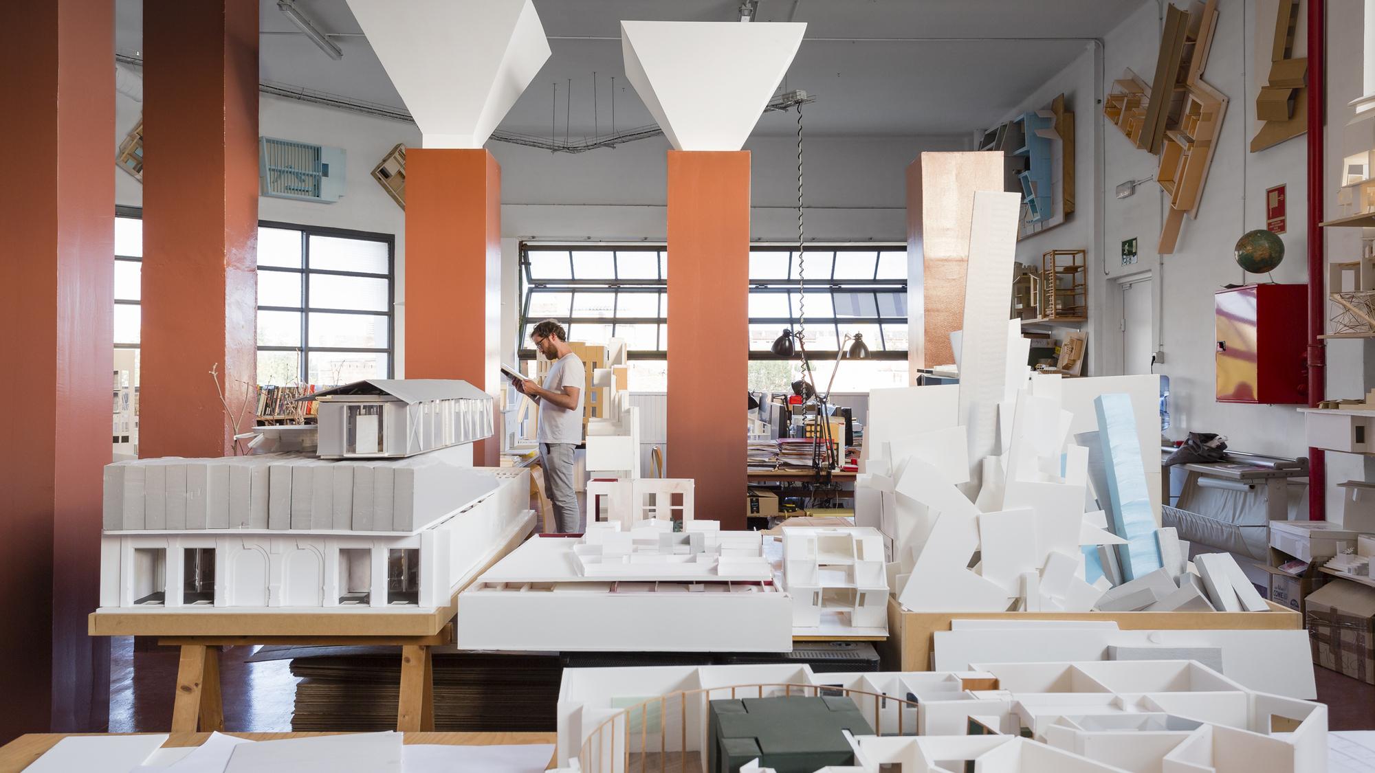 Galeria de escrit rios de arquitetura de barcelona pelas - Despacho arquitectura barcelona ...