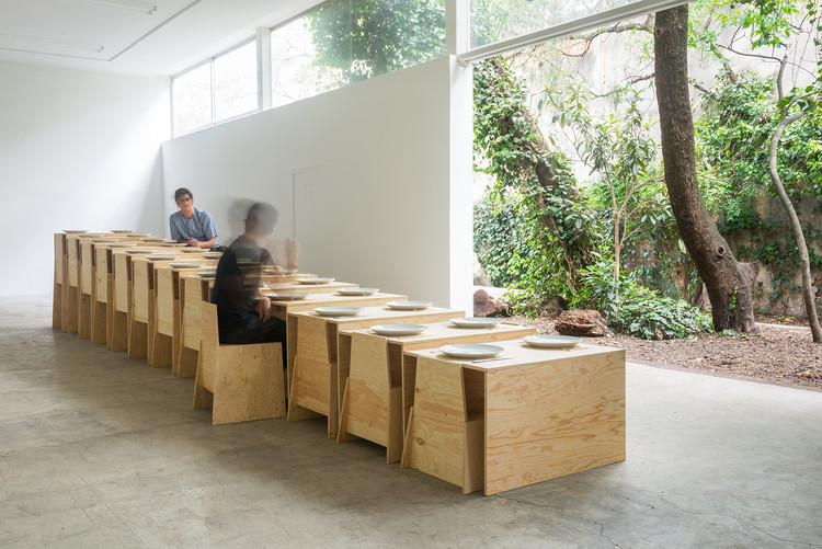 LANZA Atelier exhibirá tres proyectos en el Museo de Arte Moderno de San Francisco, LANZA Atelier, Mesa Nómada, 2017 (vista de la instalación, Galería Labor, Ciudad de México). Image © Camila Cossio