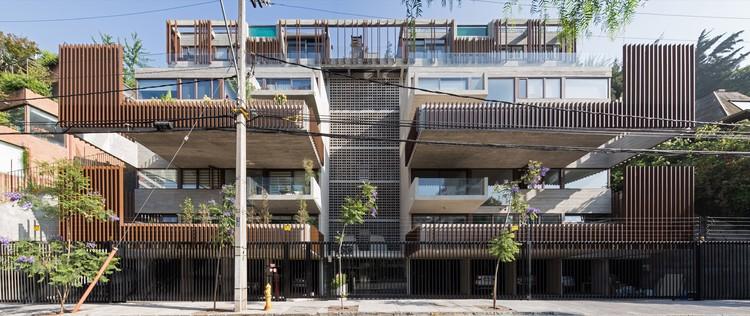 Edificio Seis  / SML ARQUITECTOS + MATHIAS KLOTZ, © Nico Saieh