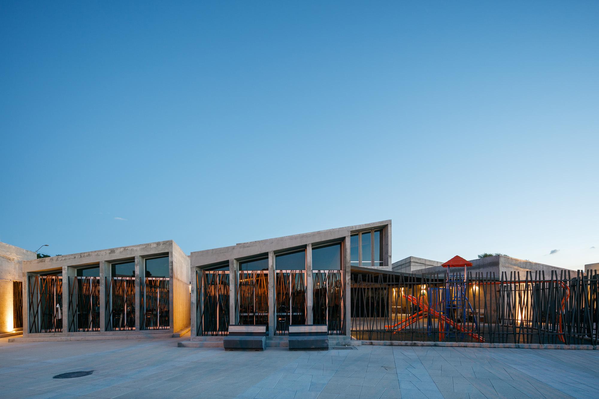 Celaya Community Center    Sprb Arquitectos