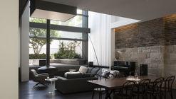 W House / MCK Architects