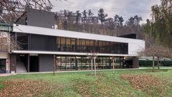 Edificio de comedor, asadores y biblioteca / Araiz Floristán Arquitectos + 3G Arquitectos