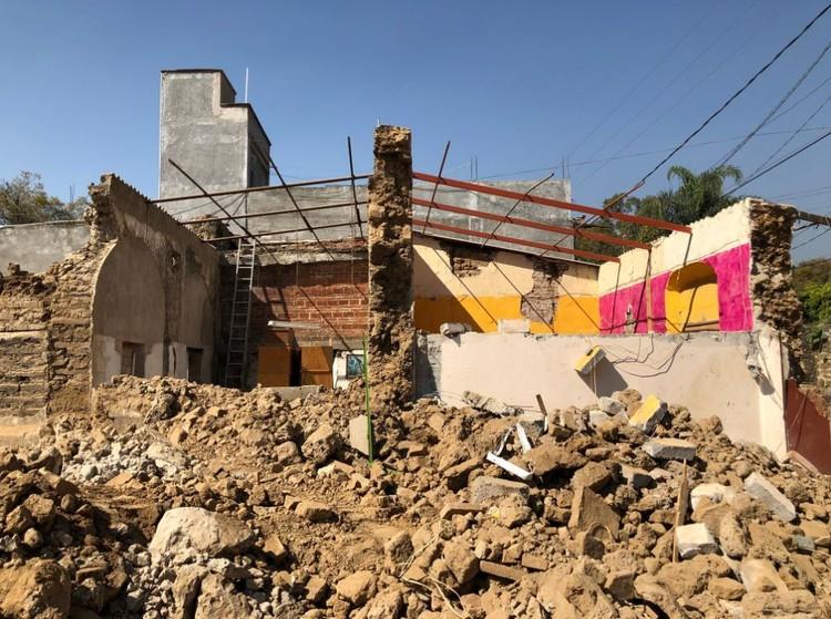 """Gabriela Carrillo: """"Reconstruir en todos los sentidos: el aprendizaje luego del sismo del #19S"""", © Gabriela Carrillo vía Huffpost"""