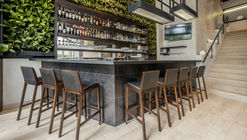 TOSHi Nikkei Restaurant / Palacio Arquitectos