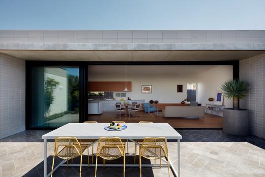 House Frances / THOSE Architects