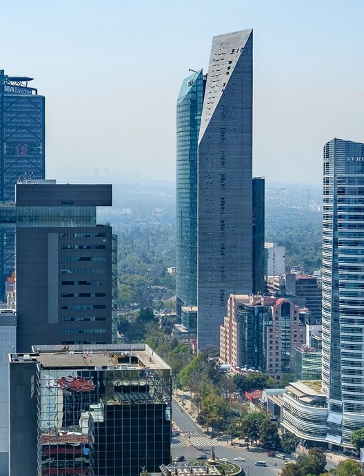 Torre Reforma. Image © Alfonso Merchand