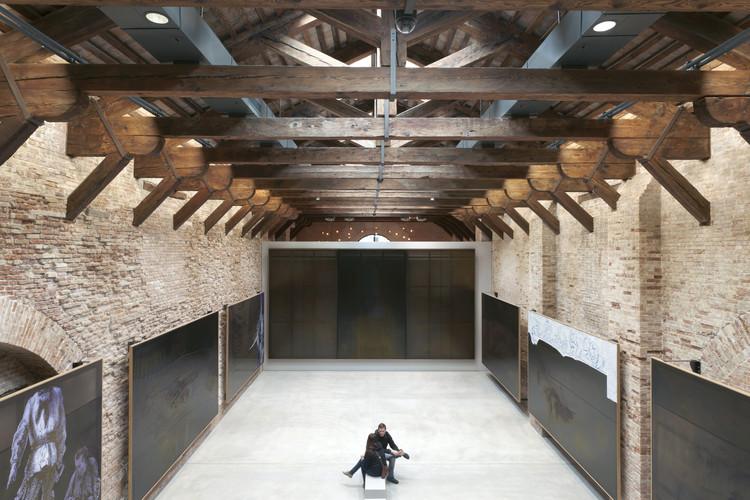 Museu Punta Della Dogana de Tadao Ando, pelas lentes de Luca Girardini, © Luca Girardini