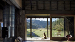Canyon Barn / mw|works architecture + design