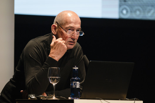Rem Koolhaas, Pritzker 2000. Image © Miguel de Guzmán