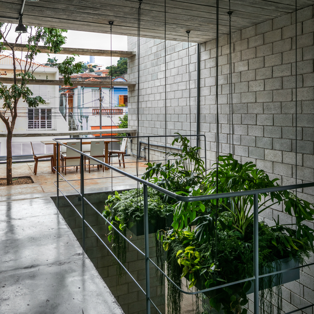 Gallery of concrete blocks in architecture how to build for Design casa low cost