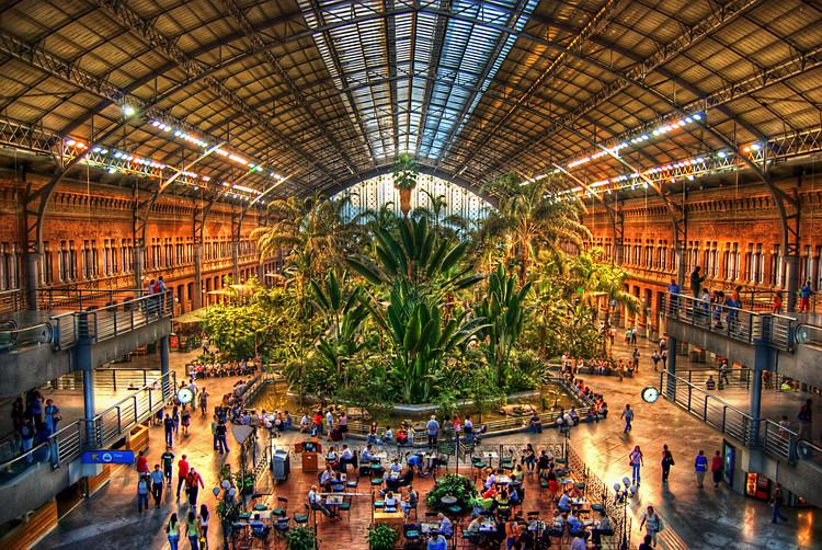 Rafael Moneo diseñará la ampliación de la estación de Atocha en Madrid, Estación de Atocha / Rafael Moneo. Image © Juan Lois  [Flickr], bajo licencia CC BY 2.0
