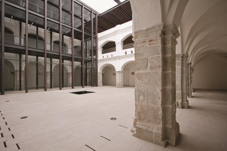 ¿Por qué el 'Centro Cultural San Pablo' de Mauricio Rocha + Gabriela Carrillo construyó un puente entre distintas épocas?, © Francisco León