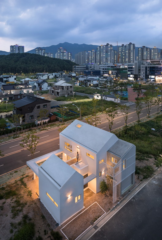 Yangsan Eorinjip / Architects Group RAUM, © Yoon Joonhwan
