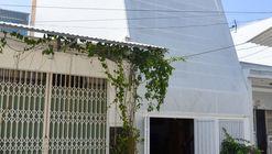 Small House in Nha Trang  / Chơn.a