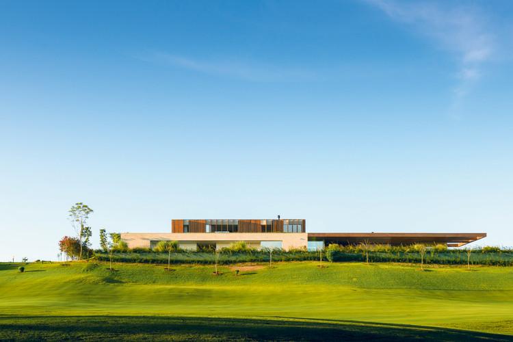 Casa MS / Studio Arthur Casas, © Fernando Guerra | FG+SG