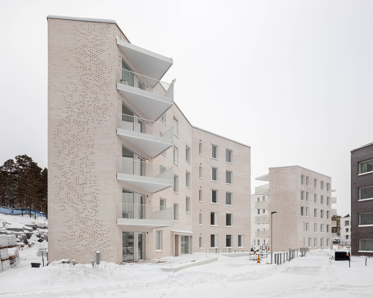 Lorentzinpuisto Apartments / Playa Architects, © Tuomas Uusheimo