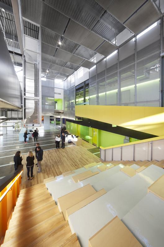 Centre Culturel de Notre-Dame-de-Grâce / AFO - Atelier Big City, FSA Architecture Inc and L'OEUF Architects in consortium, © Steve Monpetit