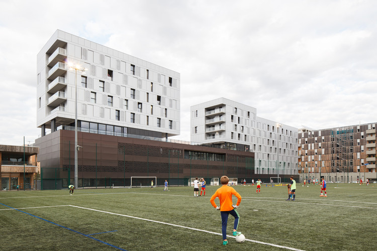 Superior Art School / LCR Architectes, © Kevin Dolmaire