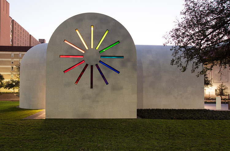 Colored Windows in Ellsworth Kelly's Last Artwork Add Dramatic Lighting to a Secluded Space, © Ellsworth Kelly Foundation, courtesy Blanton Museum of Art, The University of Texas at Austin