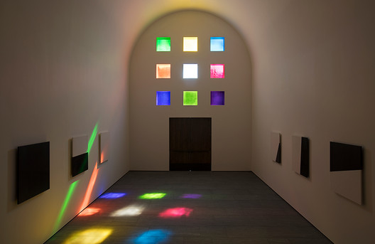 While not officially designated a chapel, the building's 14 black-and-white marble panels we're partially inspired by religious themes, said Kelly. Image © Ellsworth Kelly Foundation, courtesy Blanton Museum of Art, The University of Texas at Austin