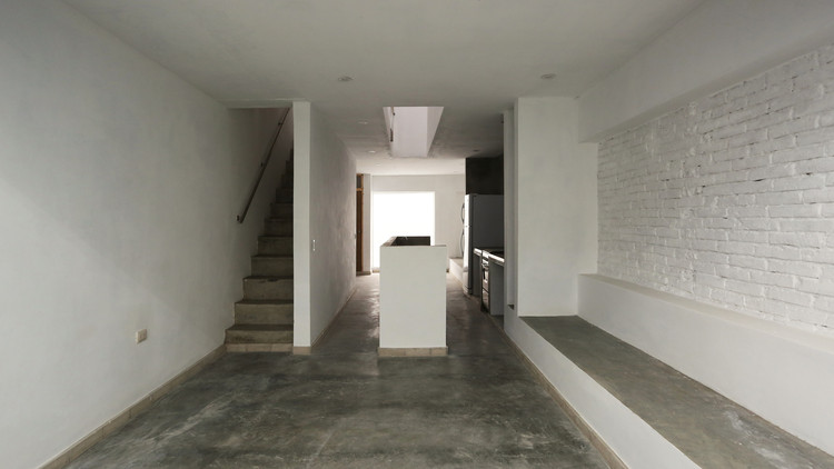 Casa soporte albor arquitectos archdaily - Arquitectos castellon ...