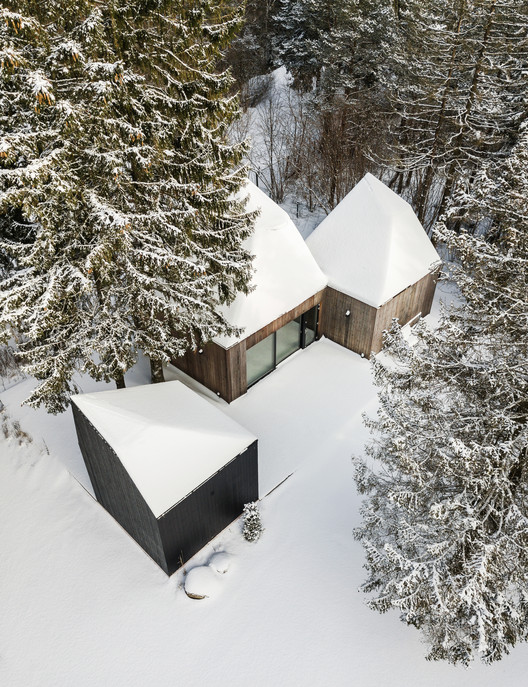 Cottage in Muraste / KUU architects, © Tõnu Tunnel
