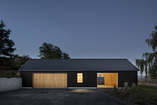 Ancram Barn / Worrell Yeung Architecture