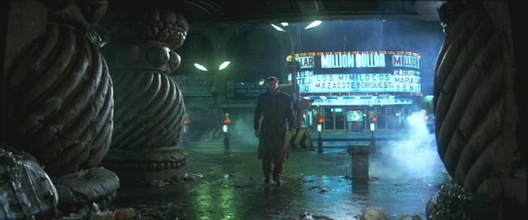 © 1982 Warner Bros. Entertainment Inc. <a href='http://moviecitynews.com/2012/10/wilmington-on-dvds-blade-runner/'>via Movie City News</a> (utilizado bajo <i>fair use</i>). ImageEn <em> Blade Runner </em>, la arquitectura es ominosa e incluso de carácter gótico