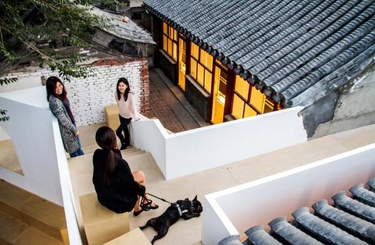 Courtyard Renovation at the White Pagoda Temple / Tsinghua University School of Architecture + maison h