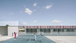 El Colegio casi Invisible / ABLM arquitectos