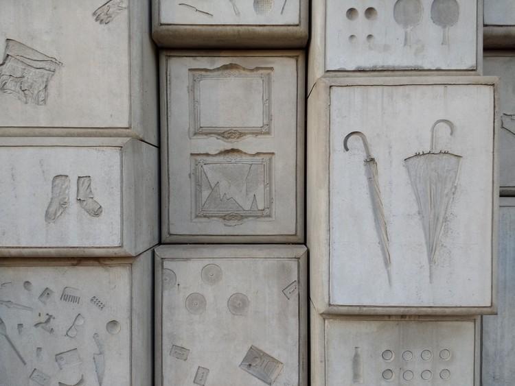 La humanidad detrás del concreto: la construcción del Monumento Nacional del Holocausto en Buenos Aires, © Fabián Dejtiar