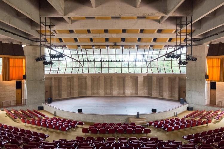 Clássicos da Arquitetura: Auditório Cláudio Santoro / Gian Carlo Gasperini, Plínio Croce e Roberto Aflalo, © Haruo Mikami