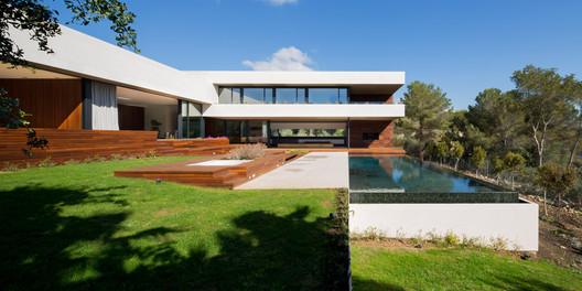 L20 House / OLARQ Osvaldo Luppi Architects