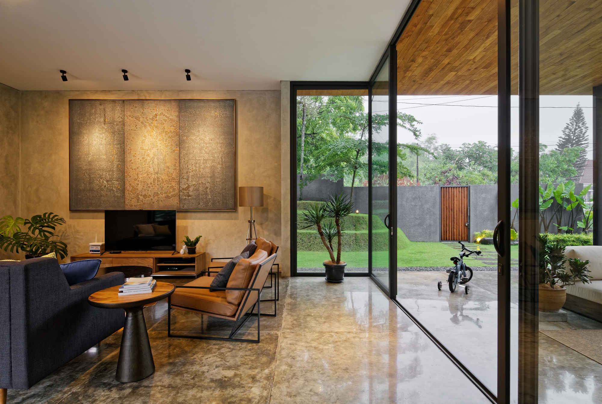Gallery of inside outside house tamara wibowo architects for Inside and outside pictures