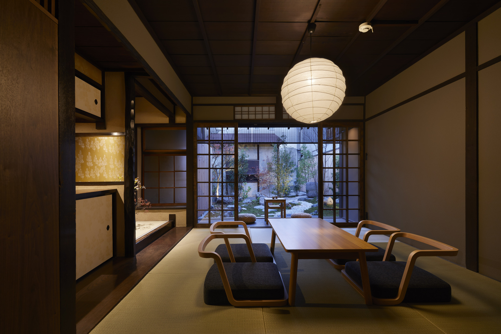 Guest House In Kyoto Blue Architecture Design Studio 2017 - Architecture-design-in-kyoto-japan