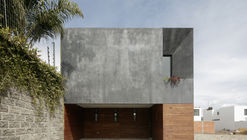 Casa Once / Espacio 18 Arquitectura + Cueto Arquitectura