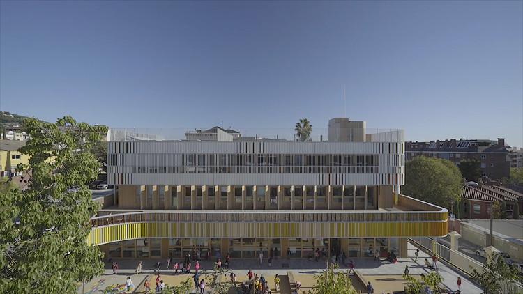Como crianças usam o espaço: Building Pictures produz vídeo sobre o cotidiano de uma escola primária em Barcelona, © Building Pictures