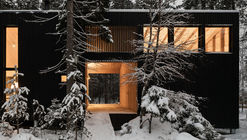 House in Roschino / AB CHVOYA