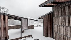 Restroom in the Mountains / Lab D+H