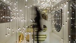 The Light-Art Gallery / Renesa Architecture Design Interior