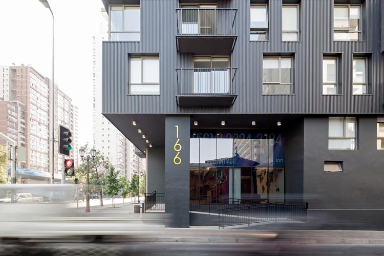 Livinn Santiago / RS Arquitectura, © Nico Saieh