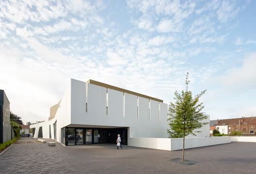 Cultural Center and Library 'De Factorij' / ebtca architecten & Archiles architecten
